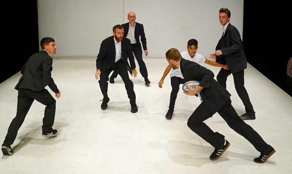 SHUT DOWN by Vincent Dance Theatre