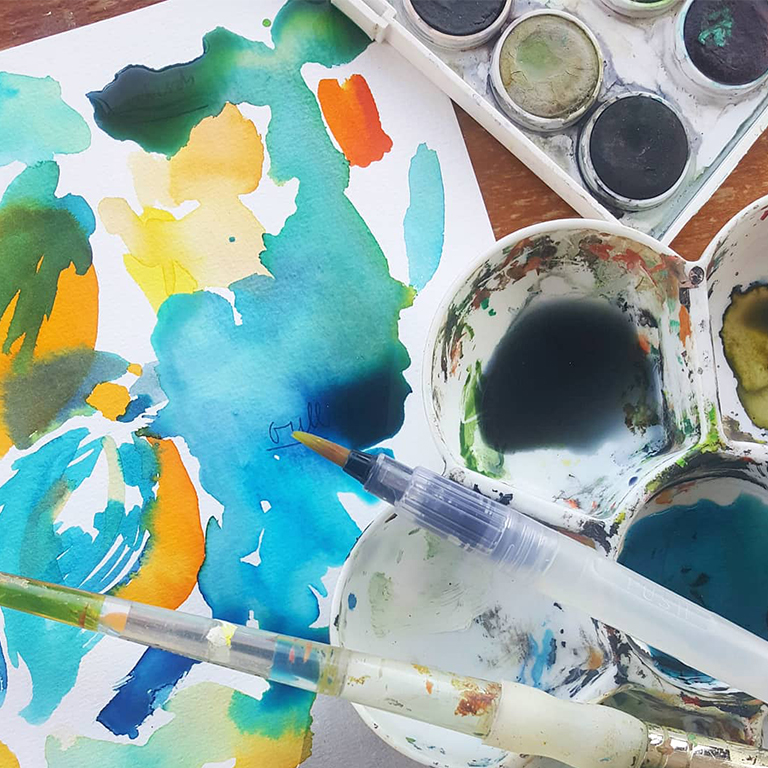 photo of watercolour painting kit